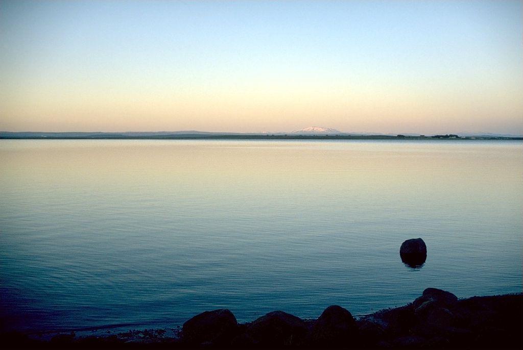雷加瓦特湖 (Photo by Andreas Tille, License: CC BY-SA 4.0, Wikimedia Commons提供)