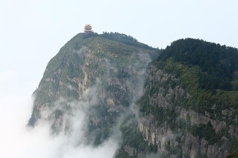 圖/峨嵋山