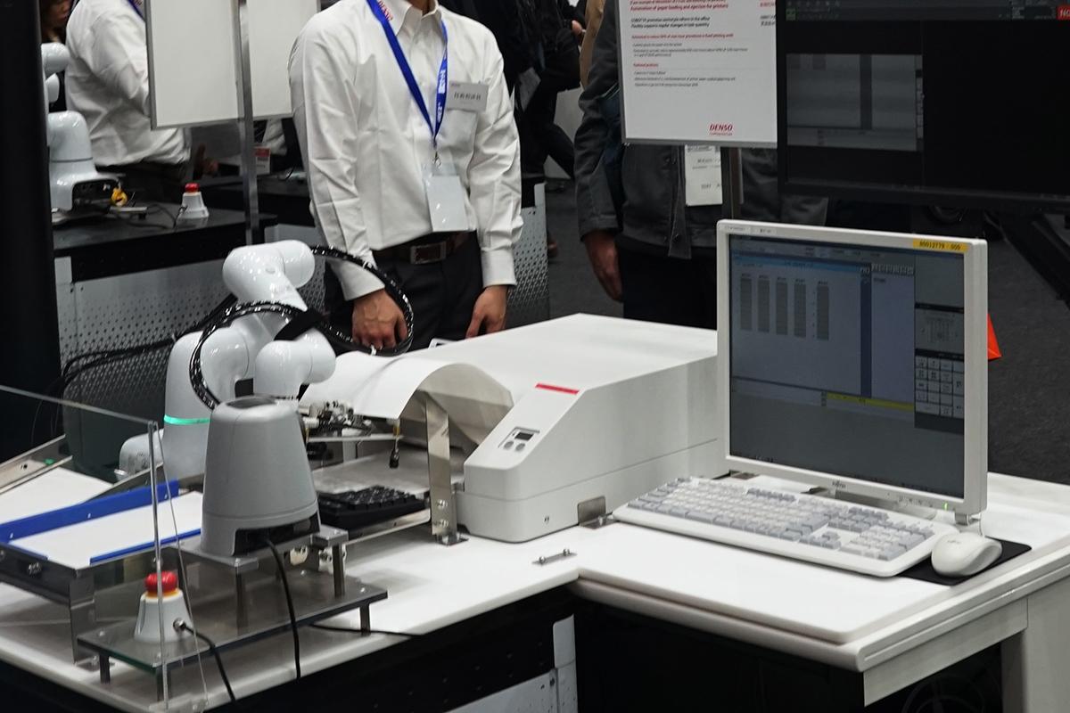 押印ロボット