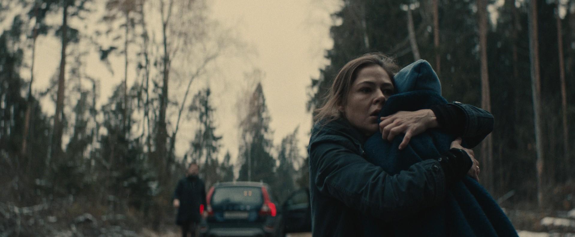 《陰兒》豢養寄宿人間的惡魔 直擊孤兒虐殺愛母