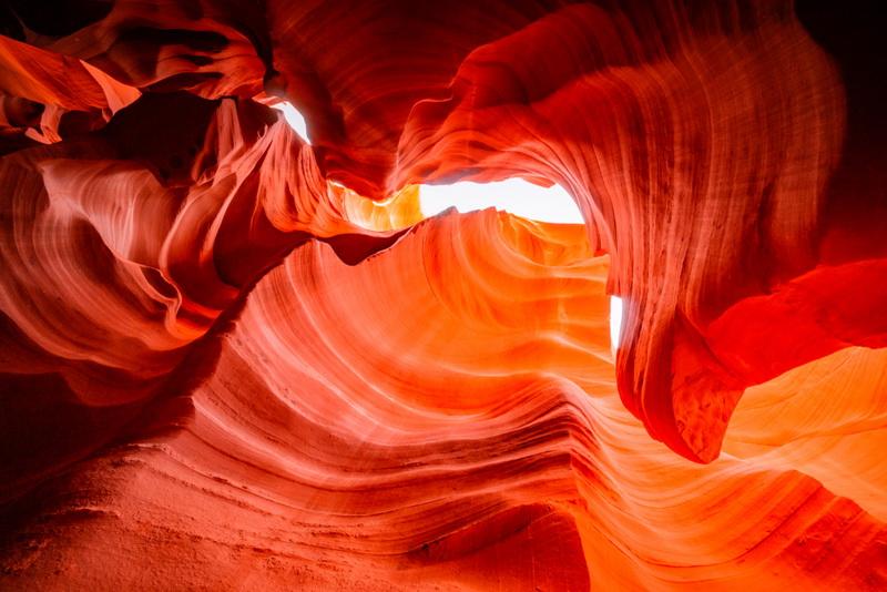 圖說5:老一輩的納瓦荷族人,將大峽谷國家公園內的羚羊峽谷,視為靜思與神靈溝通的寶地。