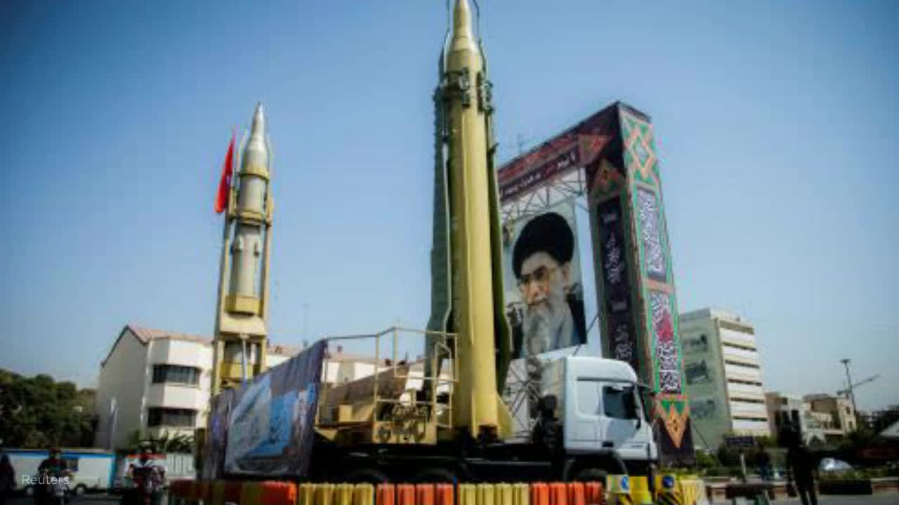 Iran threatens to hit American bases with medium- and long-range missiles