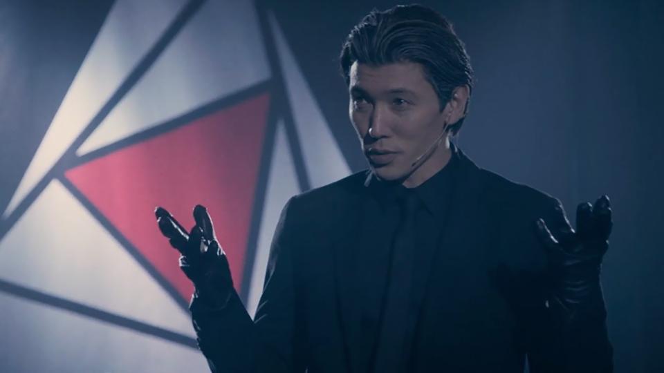 混血帥哥大衛櫻井飾演邪教教主