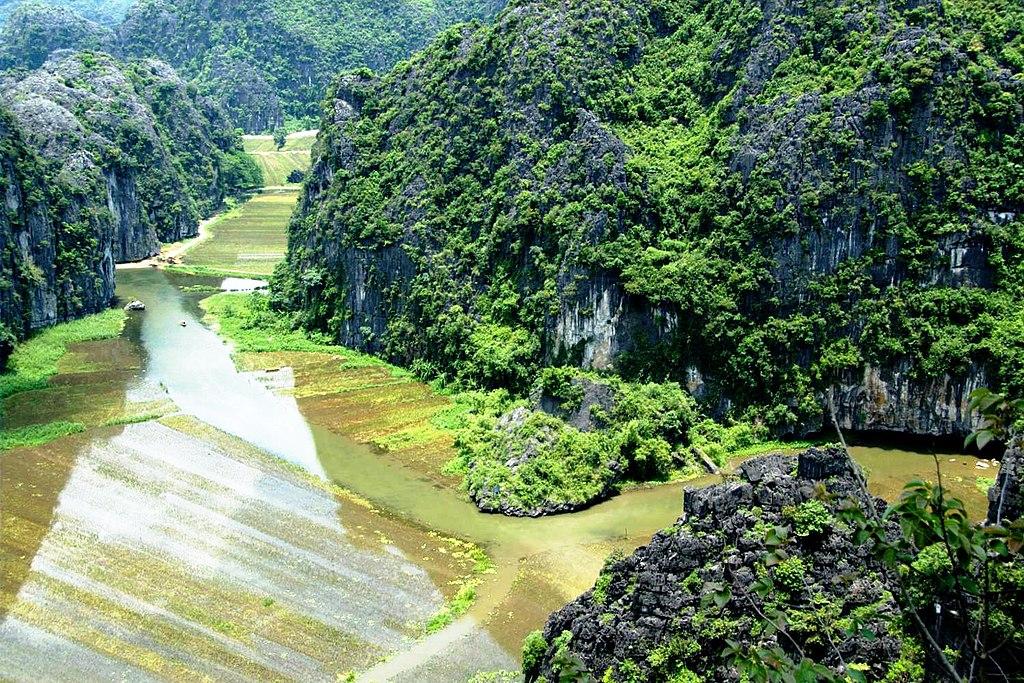 寧平 (Photo by Nomad Tales, License: CC BY-SA 2.0, 圖片來源www.flickr.com/photos/42656687@N00/2638879100)