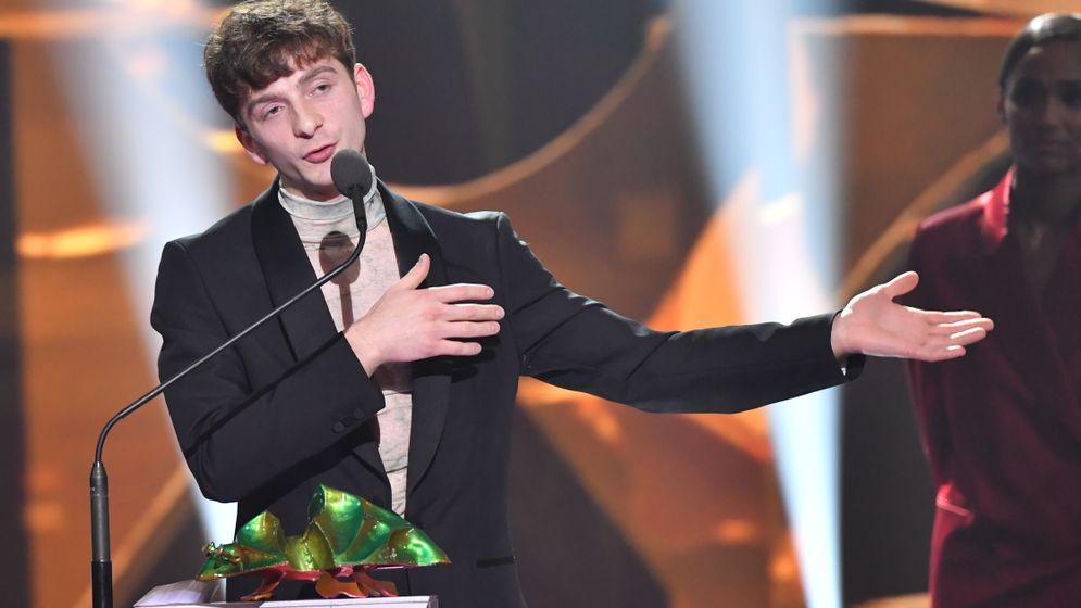 第一次演戲的男主角雷凡吉巴其亞尼(Levan Gelbakhiani),以《然後我們跳了舞》再奪他的第六座影帝大獎