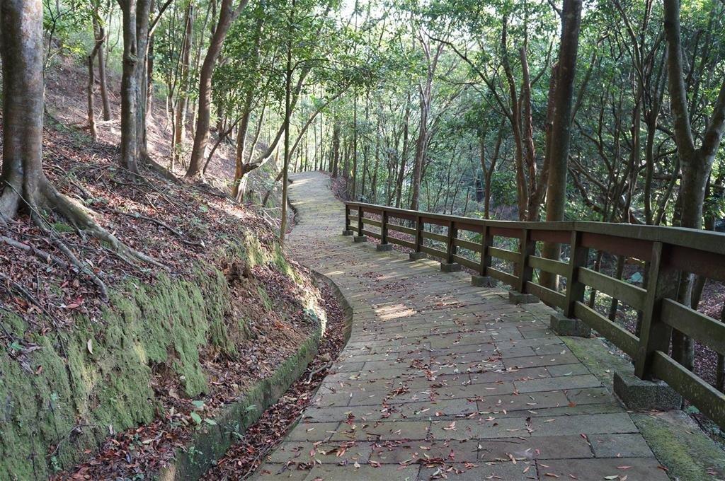 十二寮登山步道位在十二寮休閒農業區內,全長2.2公里。圖/參山國家風景區管理處