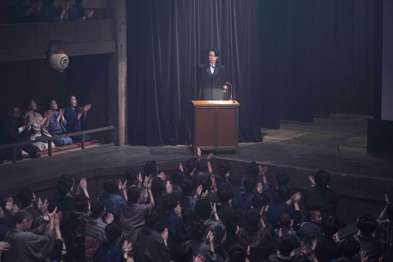 成田凌、永瀨正敏、高良健吾,為了能成功演出辯士講戲的樣貌,從開拍前到開拍後,前後花了六個多月時間訓練
