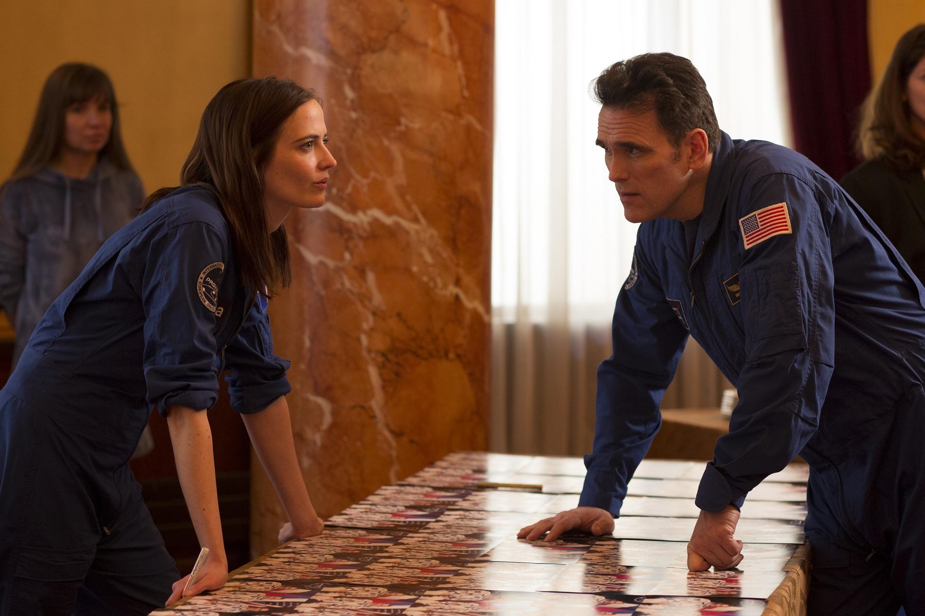 本片細膩刻畫女性太空人在職場上,面對工作與家庭的兩難