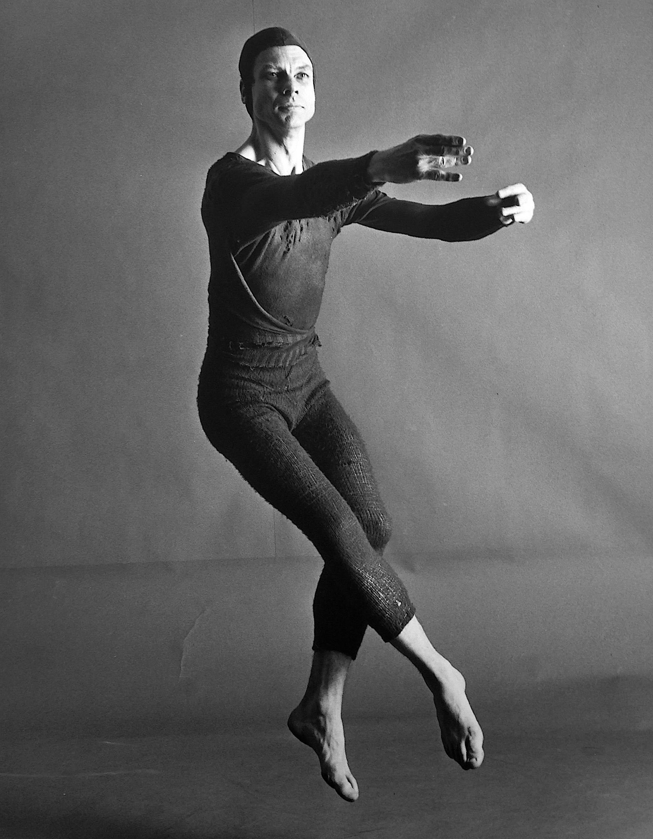 康寧漢用感性的思維創作,理性的角度經營舞蹈的一生,「把一件事做到極致就是藝術」在他身上,就是最好的印證