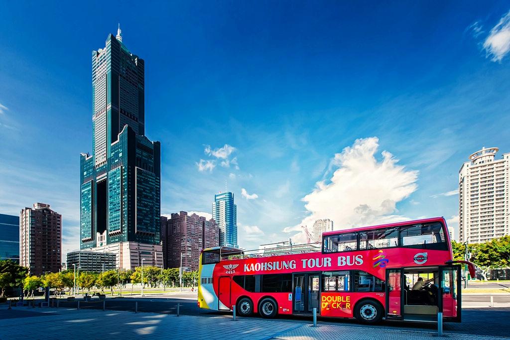 雙層巴士(圖片來源:高雄汽車客運公司)