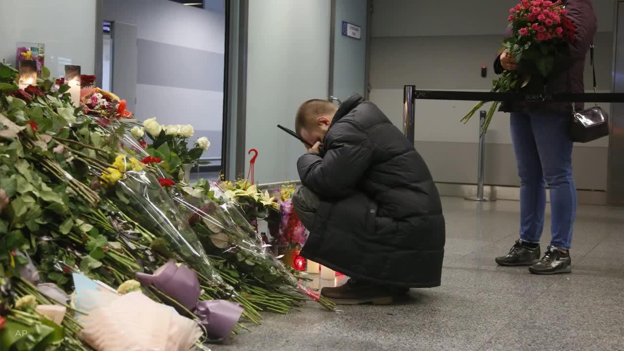 Canada, under pressure over plane crash, warns Iran world is watching