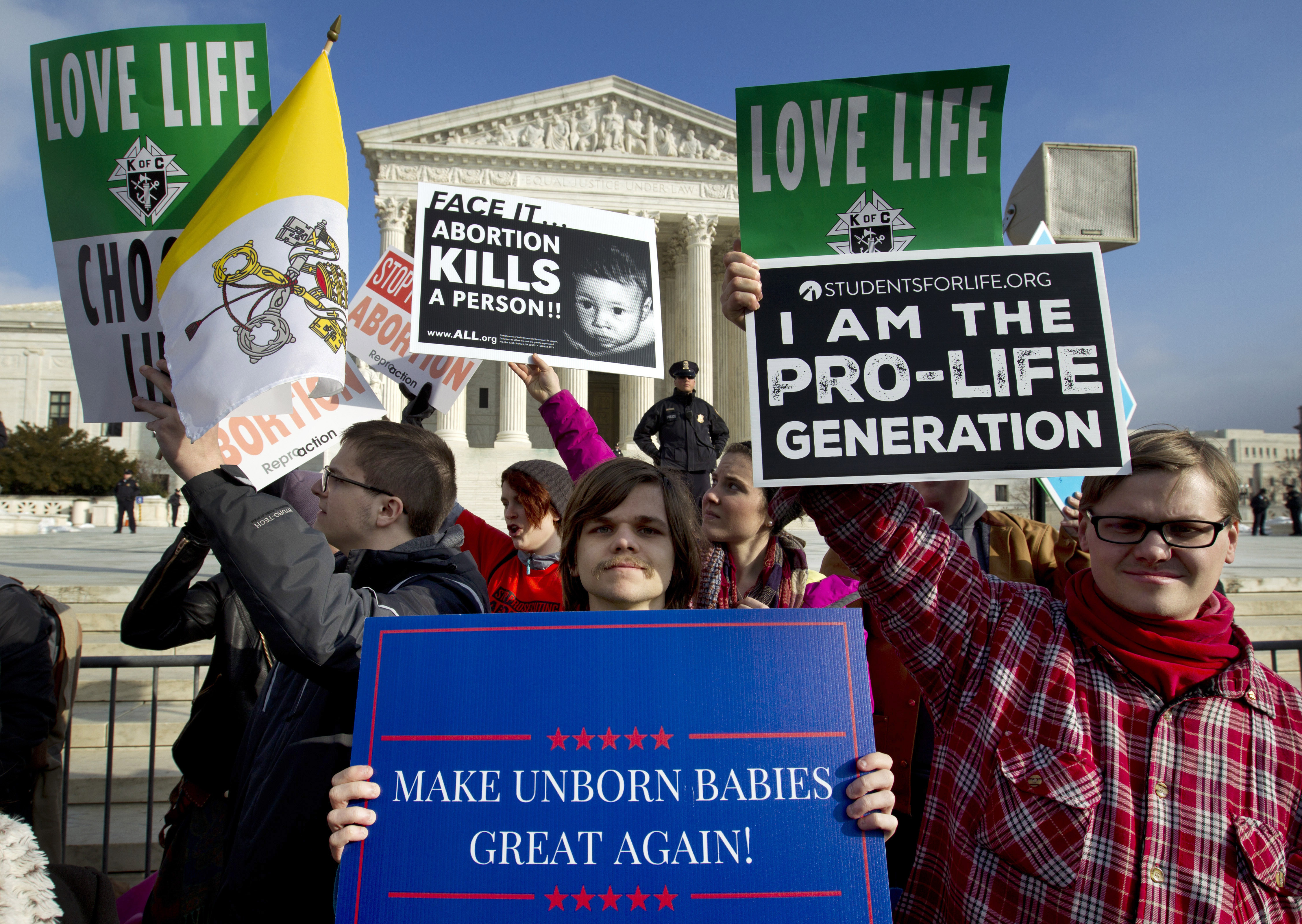 Anti-abortion activists protest outside of the U.S. Supreme Court, during the March for Life in Washington on Jan. 18, 2019. (Photo: Jose Luis Magana/AP)