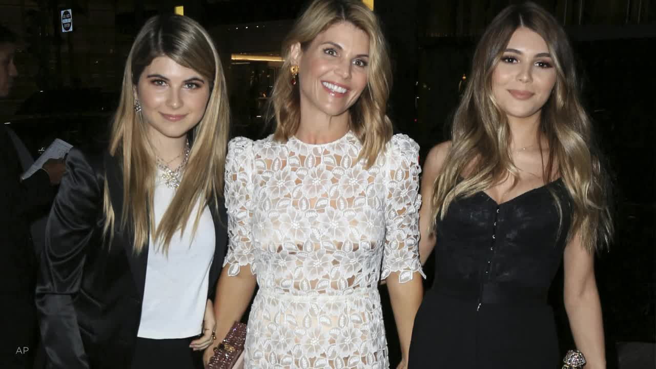 Ex-prisoners slam Lori Loughlin's reported jail preparation