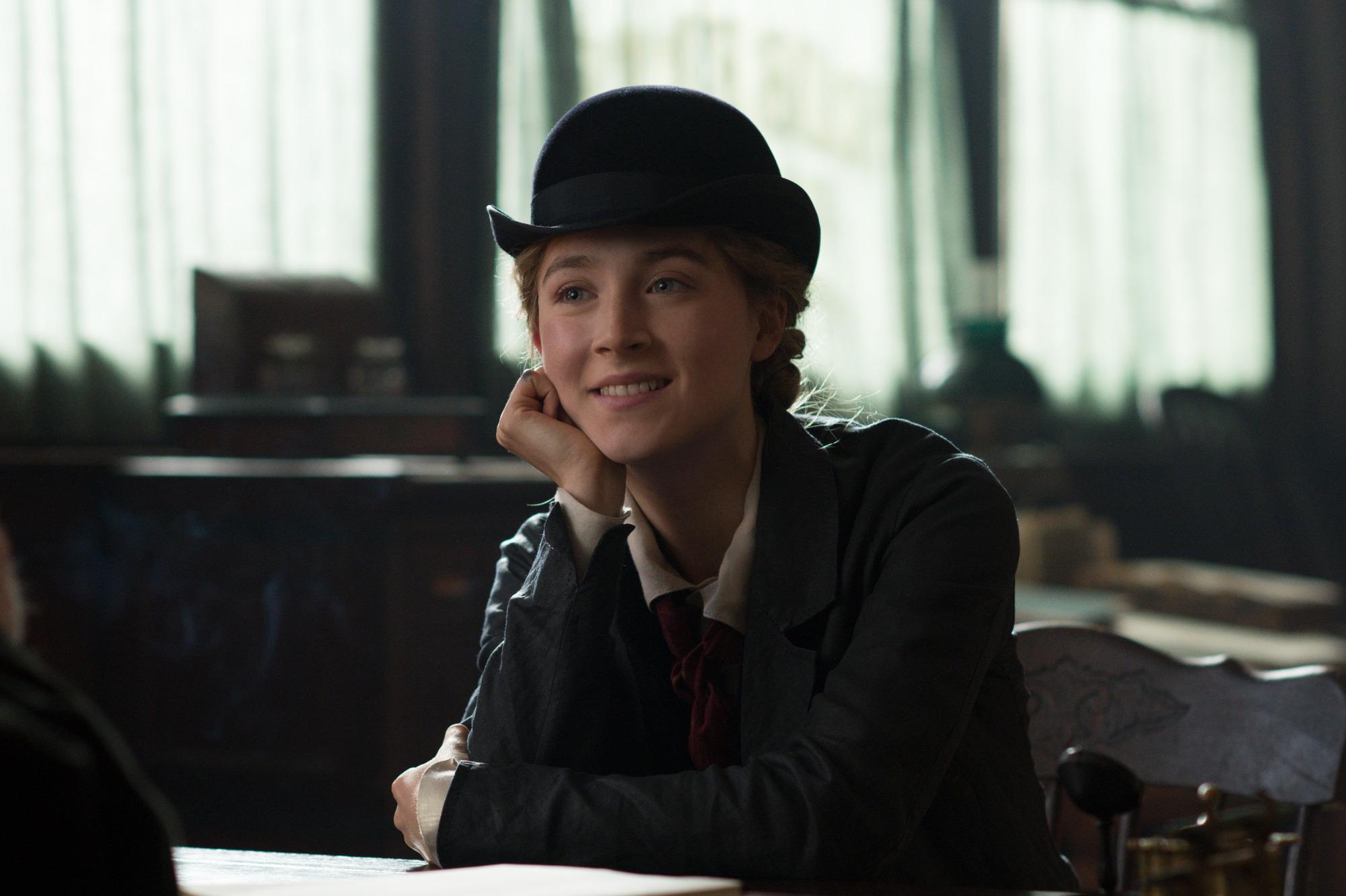 才女名導葛莉塔潔薇攜金球影后瑟夏羅南再創生涯代表作