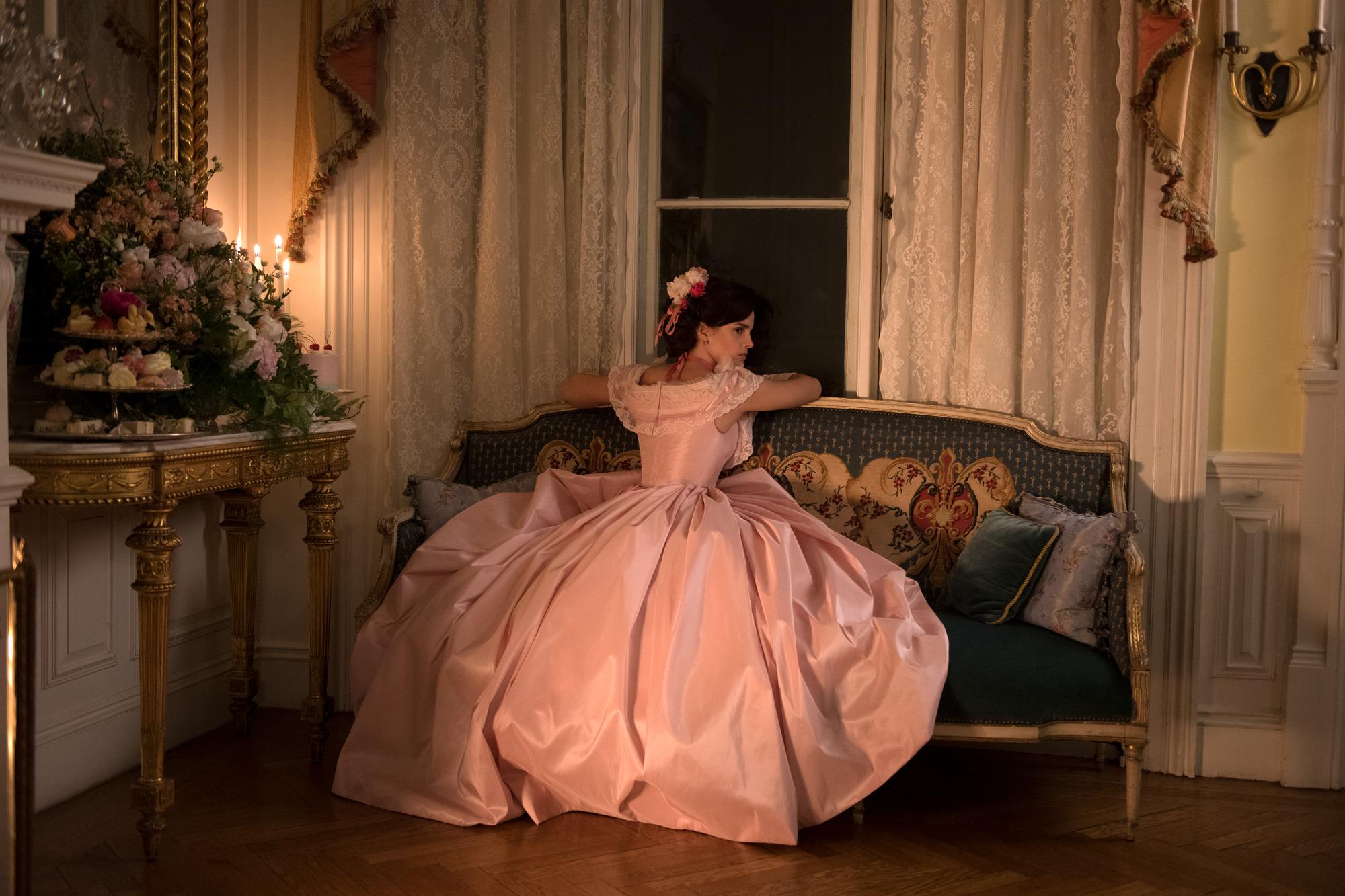 優雅美麗的大姊瑪格雖懷抱著星夢,卻渴望婚姻選擇走入家庭