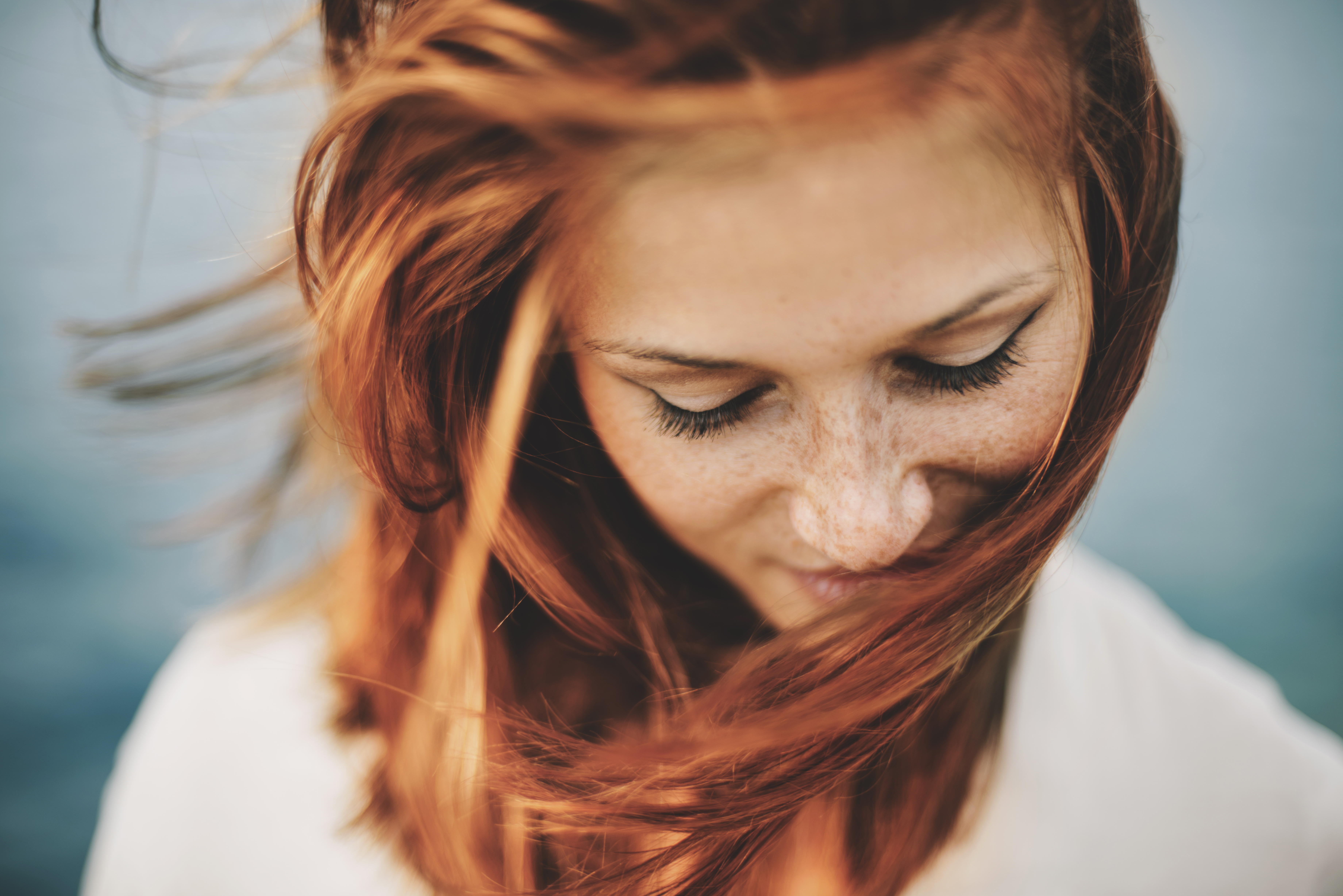 The bride wanted her cousin to dye her natural hair colour. [Photo: Getty]