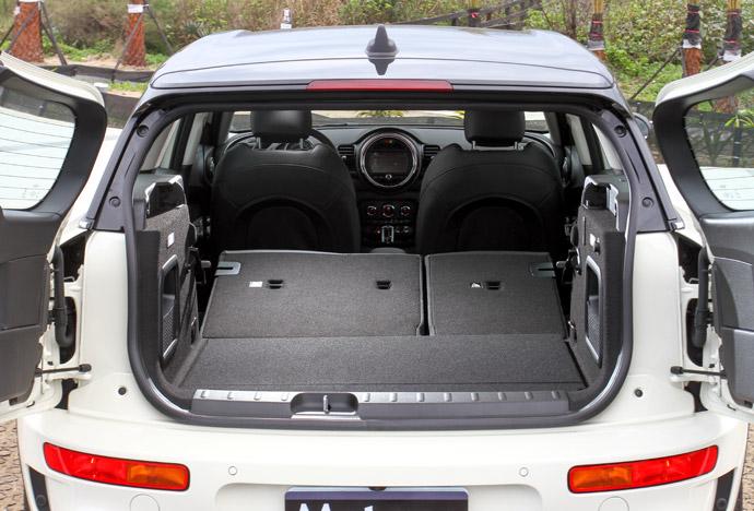 尾廂擁有365公升的容量,可擴充至最高1250公升。版權所有/汽車視界