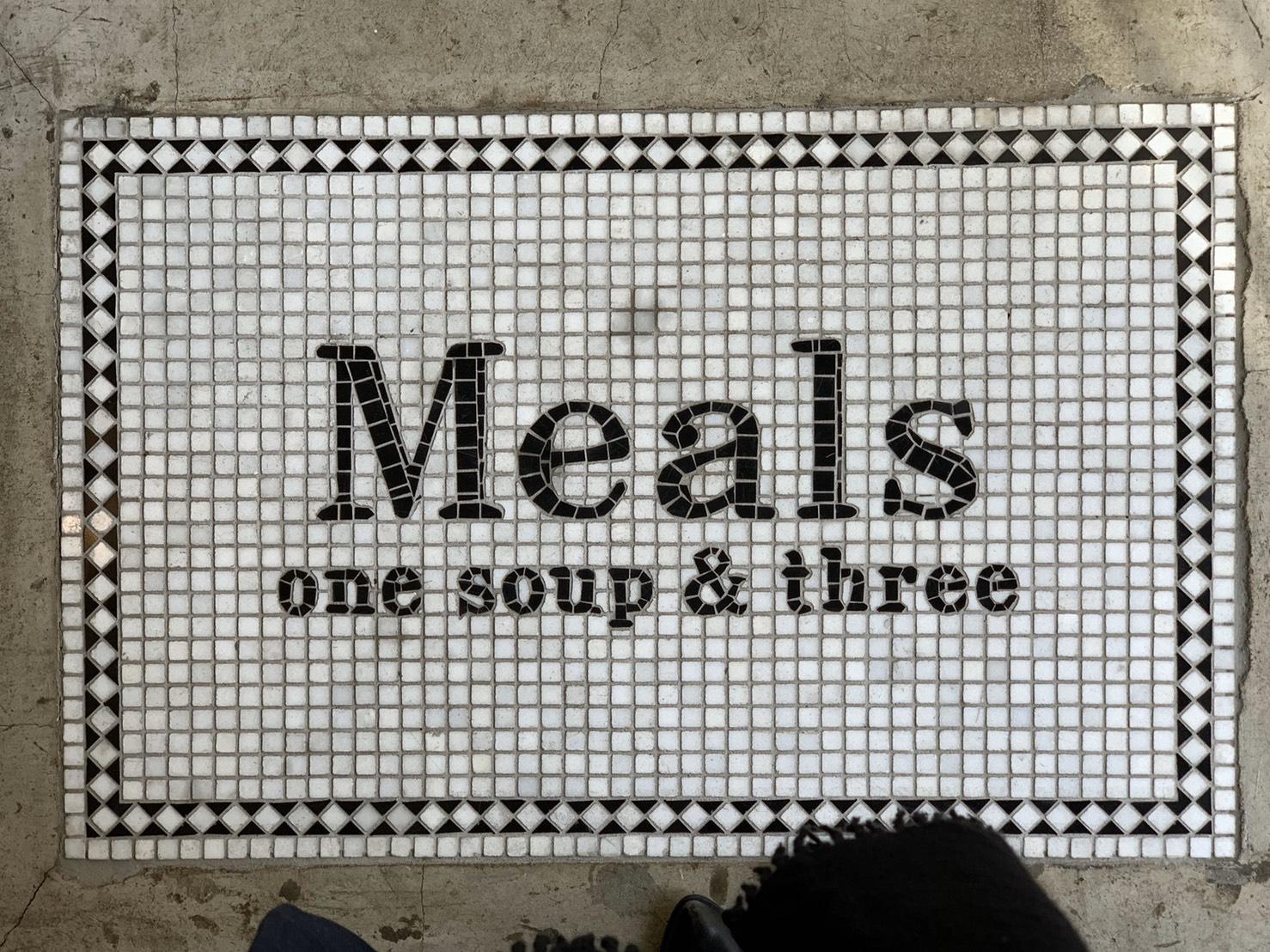 空間的二樓是餐廳