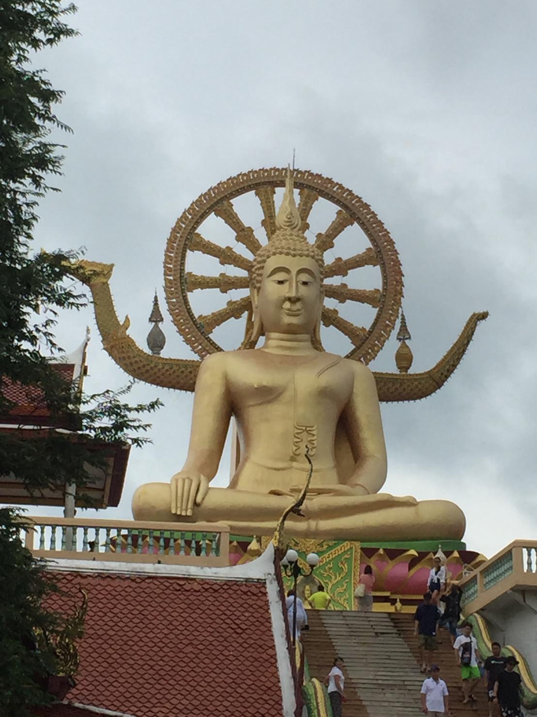 ▲余荃斌認為當地佛像面容能夠解讀當地人的心情。