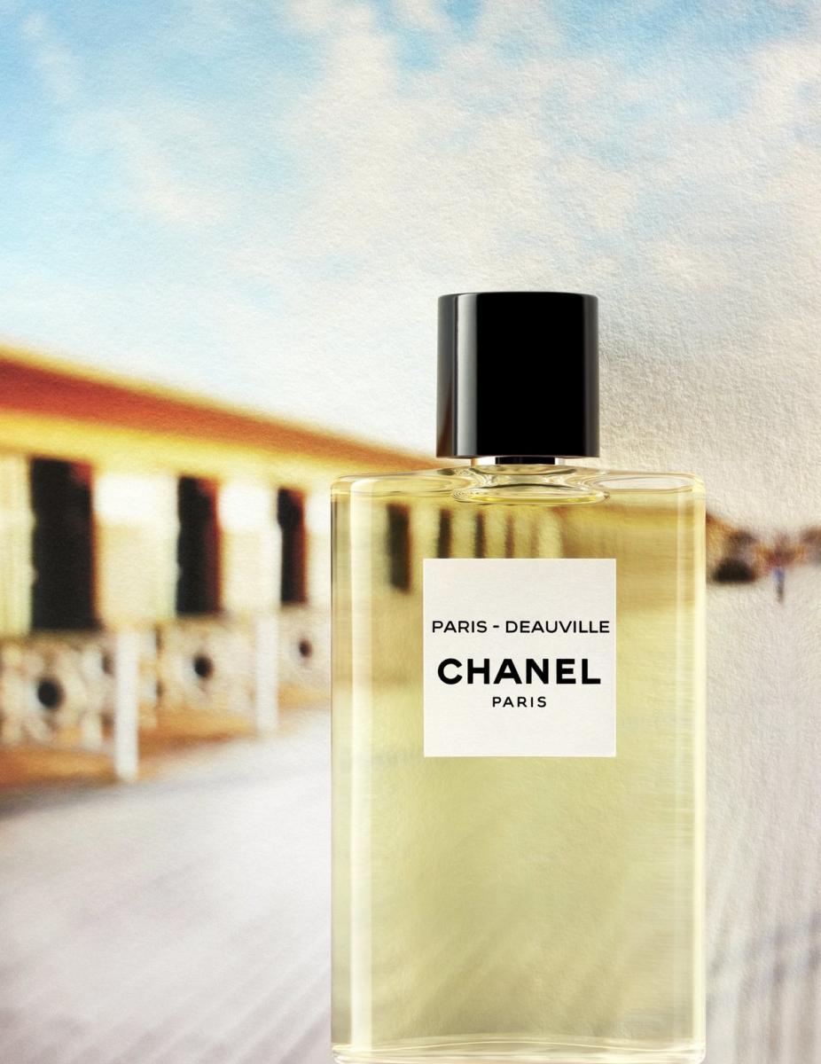 以巴黎杜維埃為靈感的淡香水,以象徵朝氣的清新柳橙皮、苦橙葉以及羅勒葉作為前調,果香中透著些許青草香