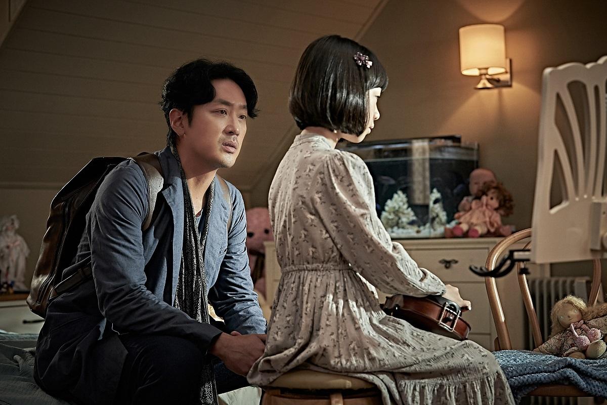 河正宇在劇中飾演一名妻子剛過世的單親爸爸