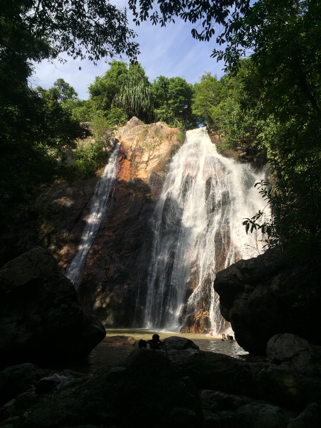 ▲還去了納蒙瀑布,對余荃斌來說,如同人間仙境般的美麗。