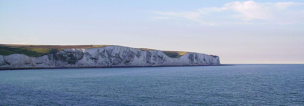 多佛白懸崖 (Photo by Immanuel Giel, Wikimedia Commons提供)