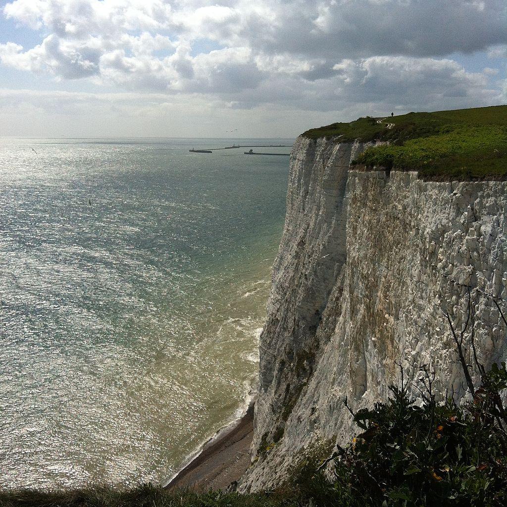 多佛白懸崖 (Photo by Sandra Troia, License: CC BY-SA 4.0, Wikimedia Commons提供)
