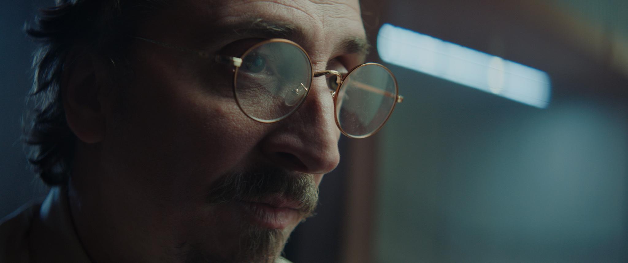 -男主角葛蘭由《羊男的迷宮》伊萬馬薩格飾演