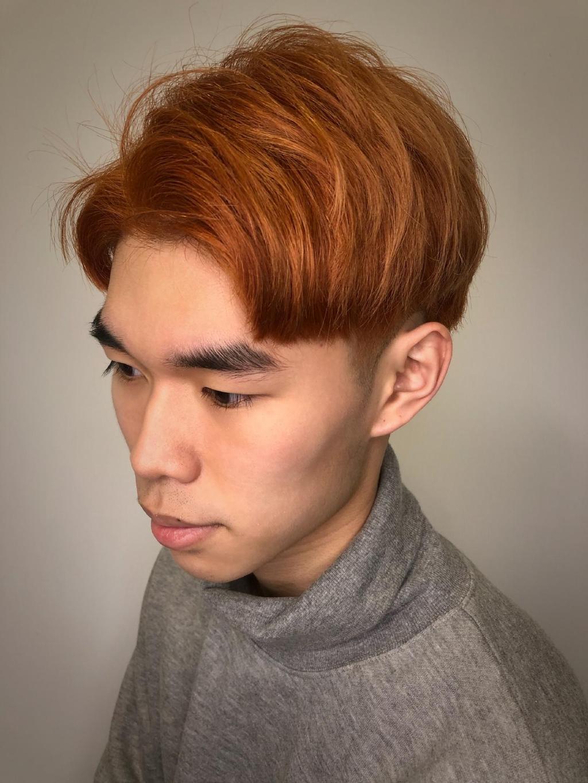 跟琥珀棕色相同,屬於比較明亮暖色調的棕色,一樣給人溫暖且陽光的第一印象