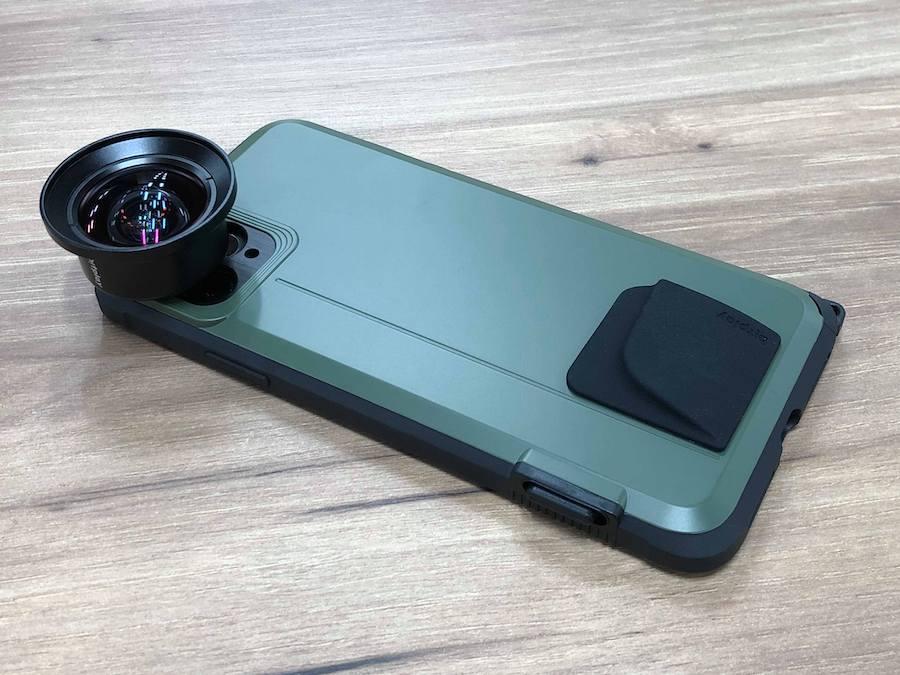 iPhone 11 Proにシャッターボタンだけを追加するケース登場 - Engadget 日本版