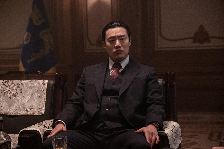 李熙峻飾演警衛室室長 劇中與李炳憲勢不兩立
