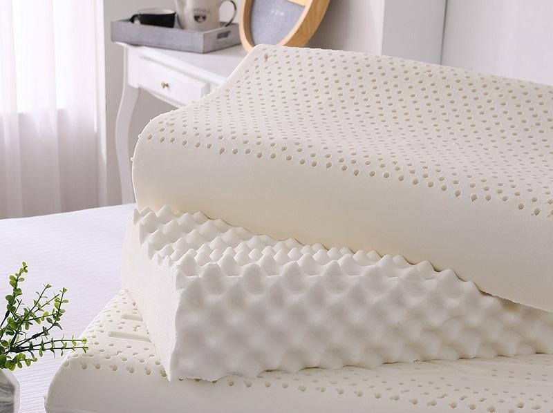 ▲岱思夢 100%天然泰國乳膠枕1入(彈力/工學/顆粒/止鼾/U型)多款任選,特價539。Q彈質感帶有淡淡乳香,讓你睡得更香。(圖片來源:Yahoo購物中心)