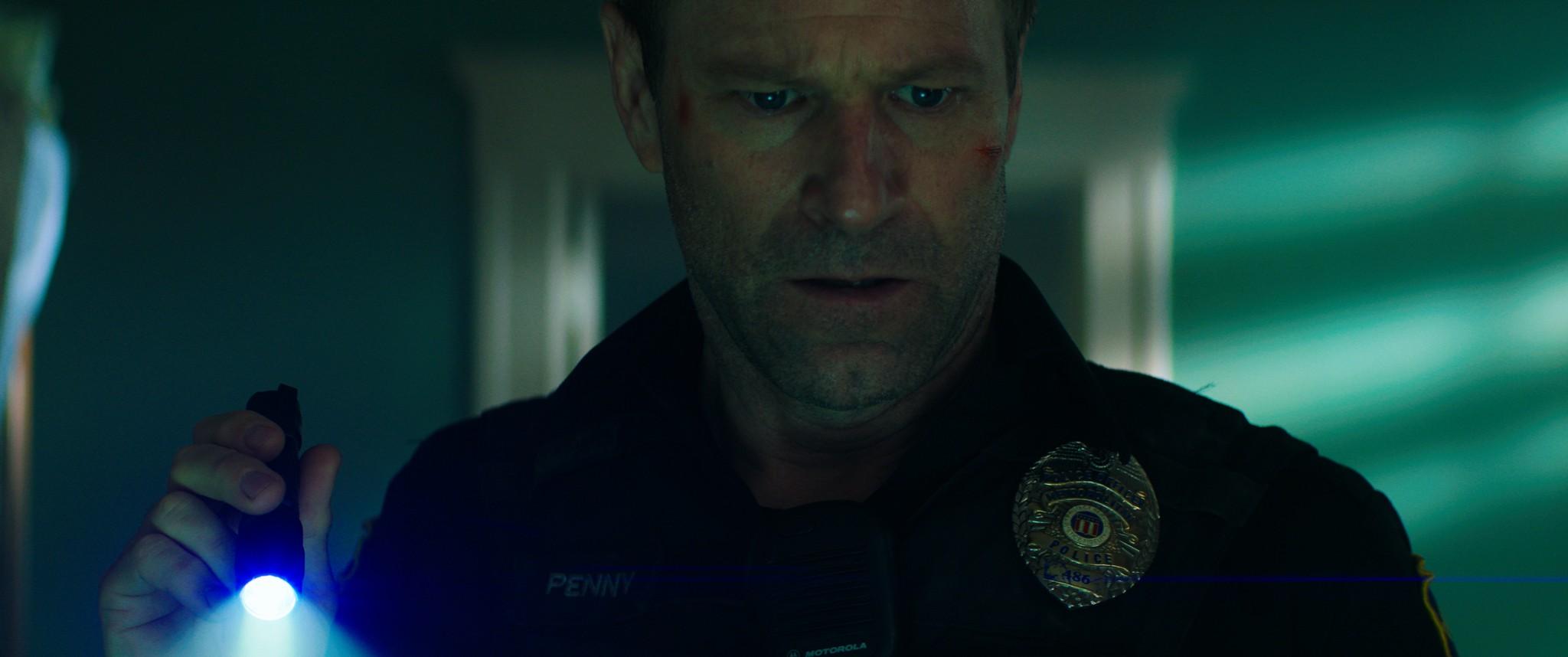 《絕命直播》多場警匪槍戰、飛車追逐與刺激爆破戲,爽度破錶
