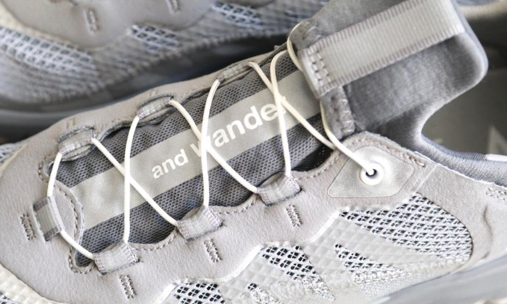 此次所採用的鞋型便是「Reflective Mesh Sneaker」