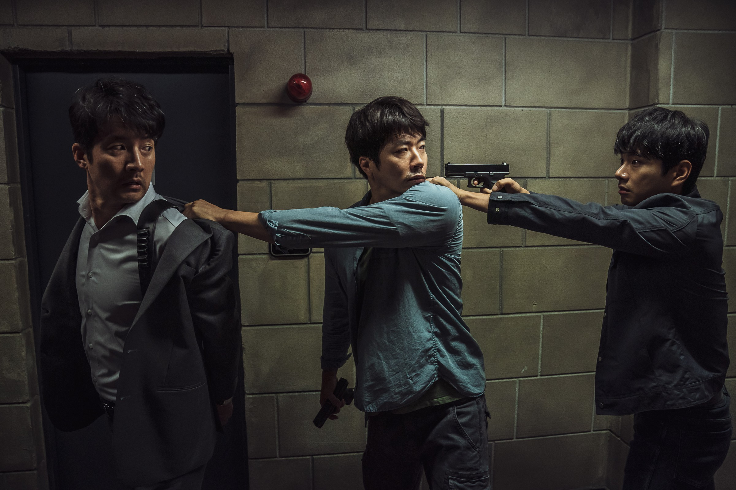 《大畫特務》鄭俊鎬、權相佑、李伊庚爆笑演技引爆口碑