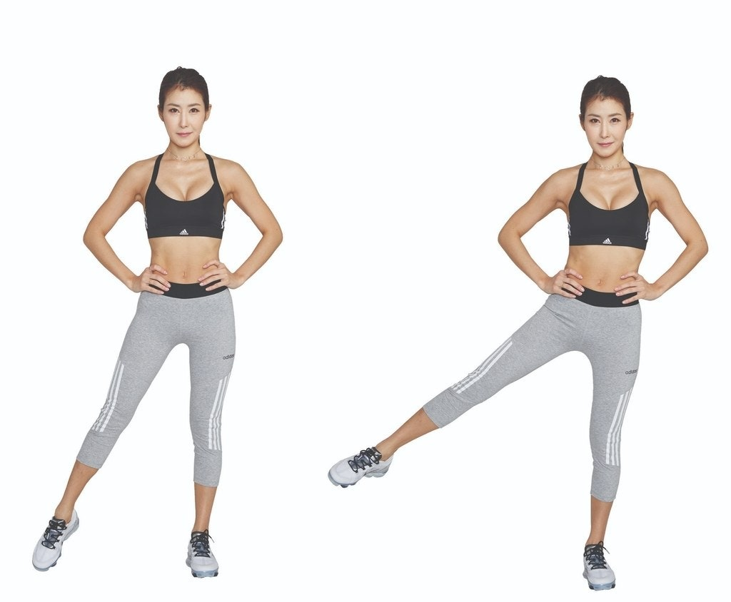 不是踢腳,而是在最高處稍微停頓一下,並專注在肌肉的收縮與放鬆上。