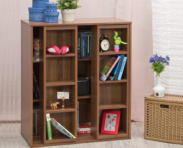 ▲TZUMii 雙排活動書櫃,即日起至3/22,原價1236特價940。有些藏書就是要藏起來,放內層減少拿取,常看的書放外層更便利。(圖片來源:Yahoo購物中心)