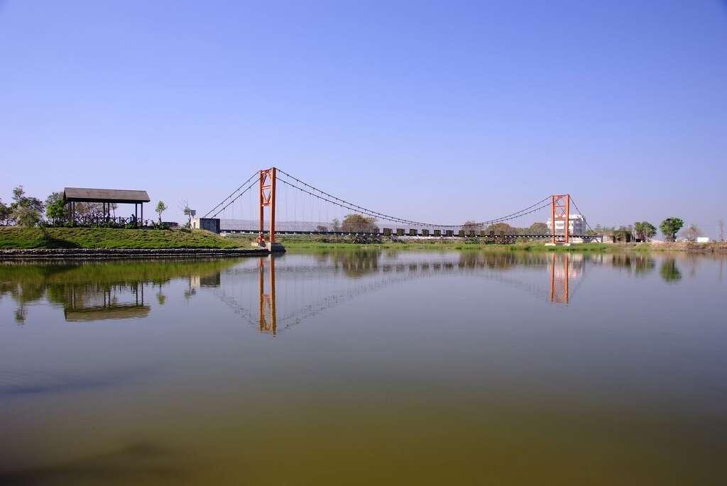 葫蘆埤自然公園(圖片來源:台南旅遊網)