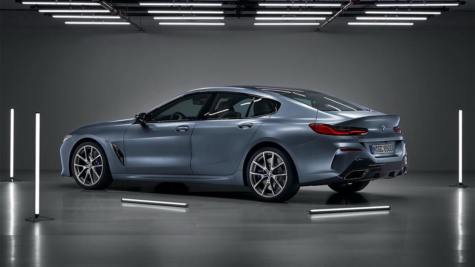圖/2020 BMW 8-Series Gran Coupe M850i xDrive透過車側鈑件折線、後葉子板的肌理線條,以及後保桿導流孔道,創造出媲美賽車的強大氣勢。