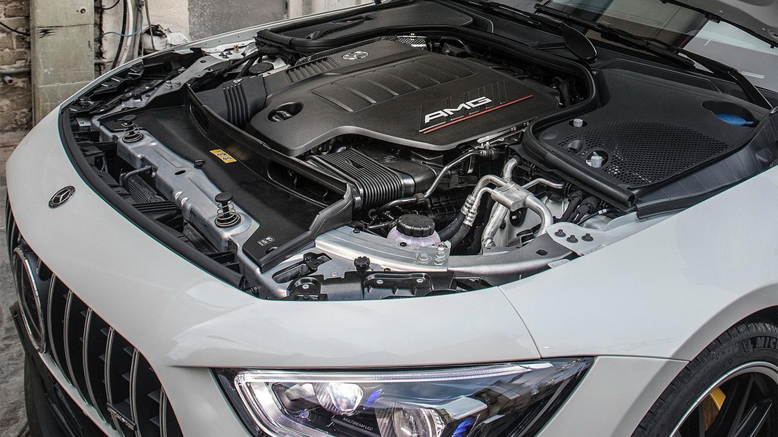 圖/2020 M-Benz AMG GT 4-Door Coupe 53 4MATIC+在獨特雙渦輪配置下,能繳出435匹最大馬力與53.0kgm最高扭力的動力表現。