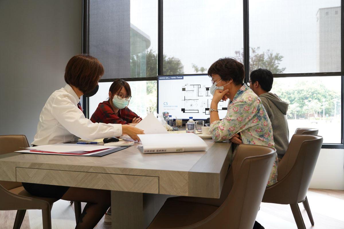 ▲台商滯留台灣是否增加購屋慾望,各說紛紜,不過,有專家指出,回籠看屋的台商,下手購屋的情形增加。