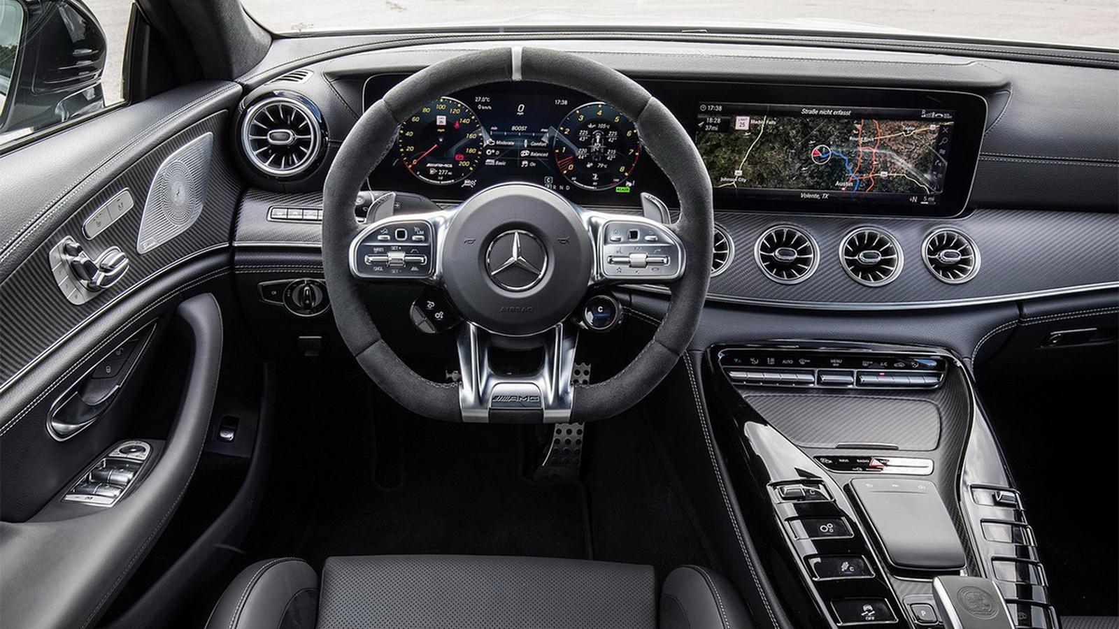 圖/2020 M-Benz AMG GT 4-Door Coupe 53 4MATIC+設計上導入「Driving Performance」品牌精神,打造出濃濃的科技氛圍。