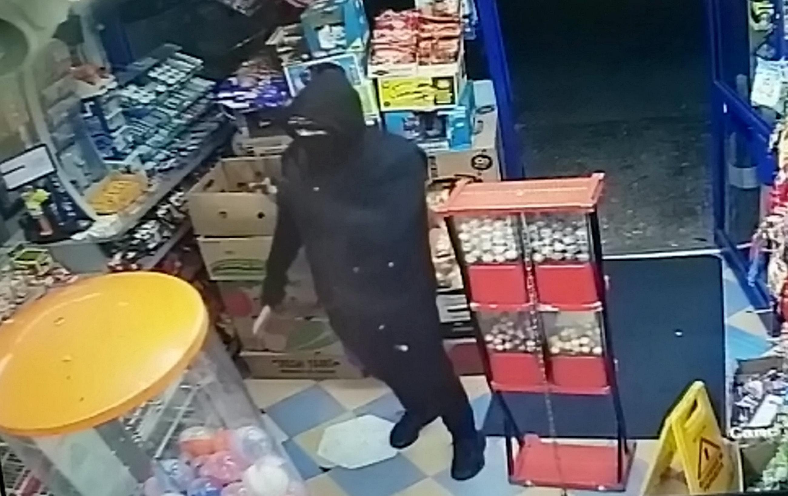 Chilli powder incident