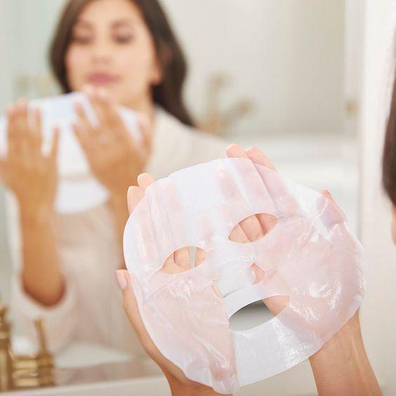 面膜的布和成分都不知道的情況下,敏感肌不該任意亂敷。