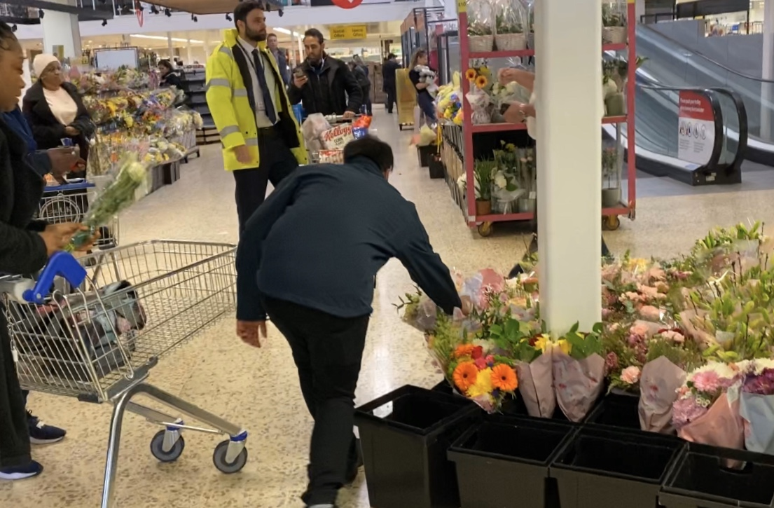 Tesco staff gave free flowers to NHS workers before they left the Tesco in Purley, Surrey. Photo: Yahoo Finance UK/Lianna Brinded
