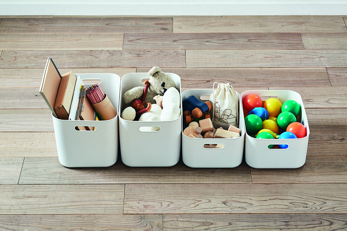 輕巧軟質的設計,耐冷且耐水性佳,可放置於冰箱冷藏庫或洗手台周邊,作為收納用途