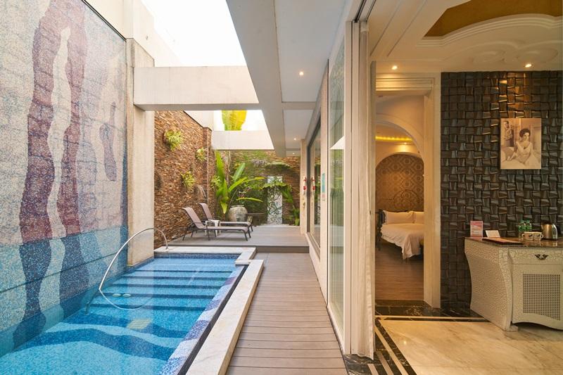 伊麗莎白Villa房有戶外游泳池。攝影/李文欽