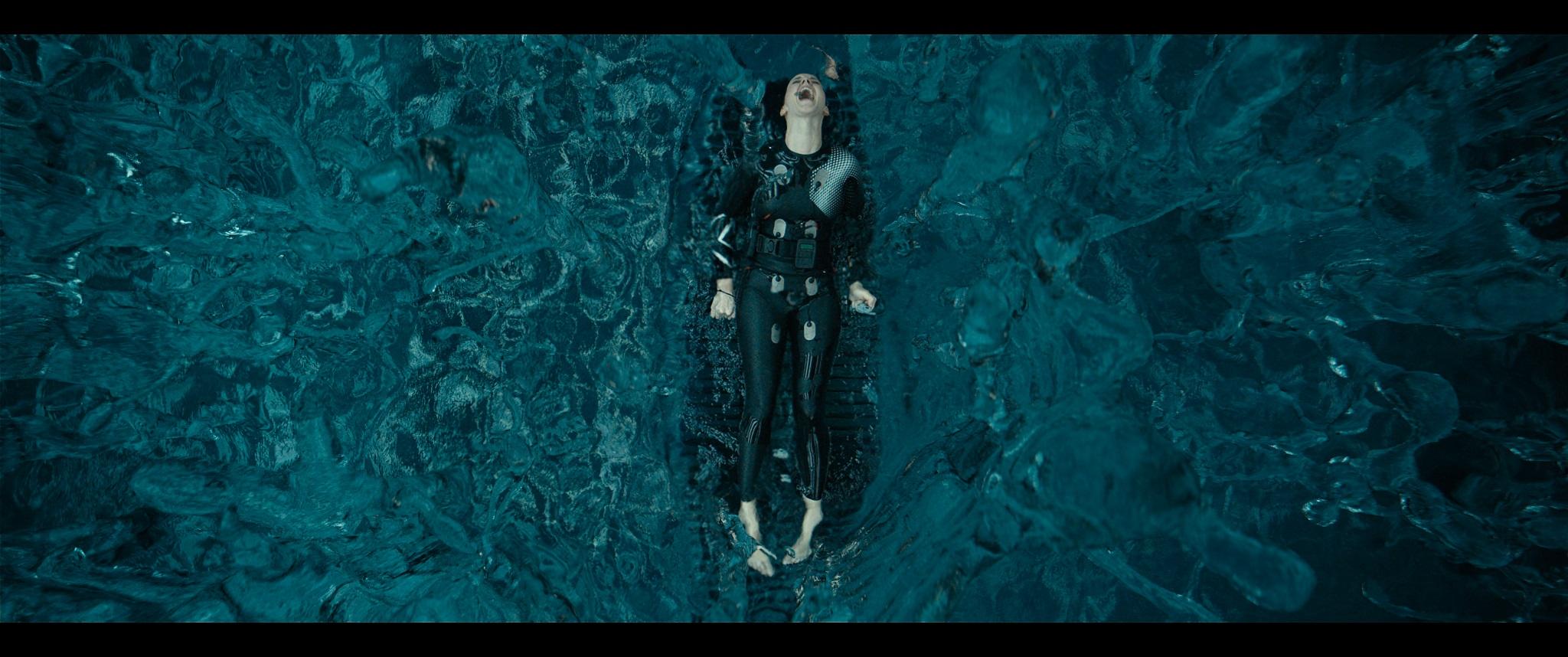 《末日異戰》外星異種全面壓境,世界危在旦夕,人類誓死反擊