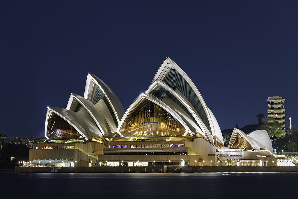 雪梨歌劇院 (Photo by Lenny K Photography from Sydney, Australia, License: CC BY 2.0, 圖片來源www.flickr.com/photos/lennykphotography/30111403413)